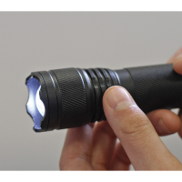 Aluminium Torch 3W XPE CREE LED Adjustable Focus 3 x AAA Cell