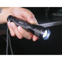 Aluminium Torch 3W XPE CREE LED Adjustable Focus 2 x AA Cell